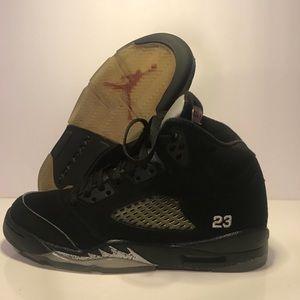 Size 4y Air Jordan 5